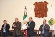 Firma Rubén Moreira iniciativa de preferencia a empresas coahuilenses