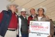 Entrega Rubén Moreira Valdez más apoyo al campo coahuilense