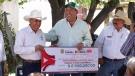 Entrega Rubén Moreira apoyos para beneficio del campo coahuilense y sus familias