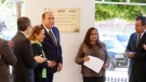Entrega Rubén Moreira memorial que recuerda a las personas desaparecidas